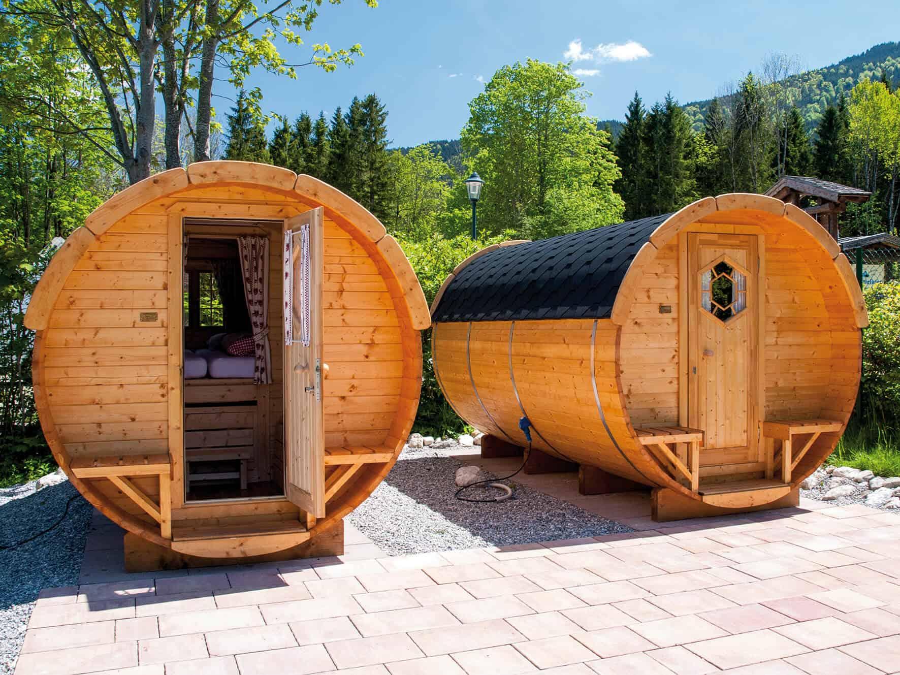 Schlaf-Fässer Campingplatz Bannwaldsee